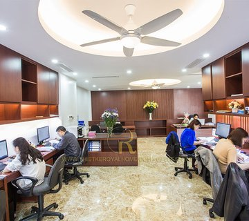 Thi công phòng họp, phòng làm việc nhà lô 71 Lê Văn Lương - Anh Bắc